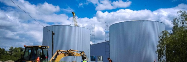 Epoxy coated tanks and silos